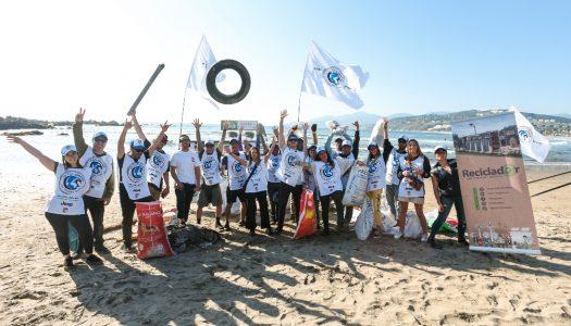 Voluntarios limpiaron playas de Maitencillo
